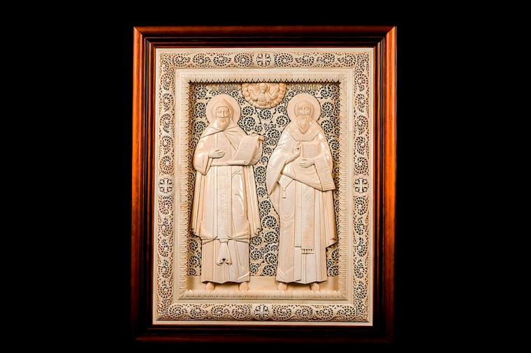 Икона Святой Кирилл и Святой Мефодий  из бивня мамонта