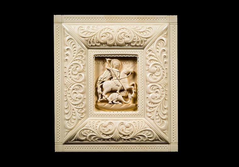 Икона Георгий Победоносец из бивня мамонта