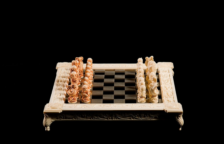 Шахматы Викинги против Чудов из бивня мамонта